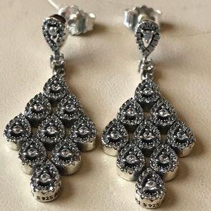 New pandora drop earrings ✨